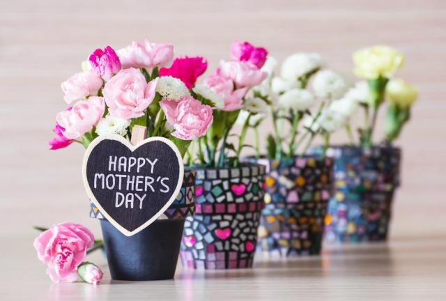 Happy-Mothers-Day-Flowers-Picture