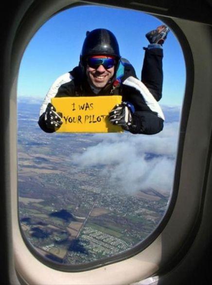 896dbc1349fb2cbc24803707feb3ab94--airplane-window-the-airplane